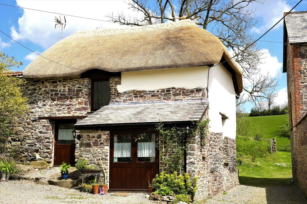 Anstey Mills Thatched Cottage self-catering in peace and quiet North Devon countryside.