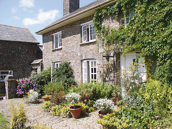 Higher Biddacott Farm is a stunning farmhouse B&B nestled away in the heart of North Devon.