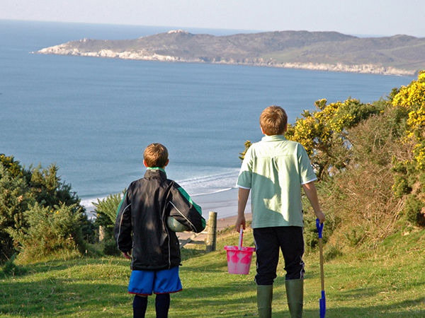 While staying at Pickwell Barton you can walk to the beach from their private access.